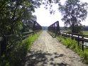 Malý most přes Moravu u obce Uhřičice.