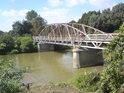 Malý železný most přes Moravu nedaleko Kojetína.